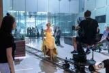 Ксения Мишина попробовал себя в роли сбежавшей невесты в сериале
