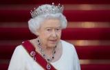 91-летняя королева Елизавета II верхом на лошади
