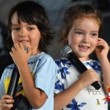 Дети Филиппа Киркорова перепели ее хит 90-х на сцене